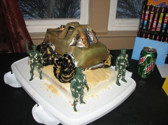 """Halo """"Warthog"""" Cake, made by Nichelle"""